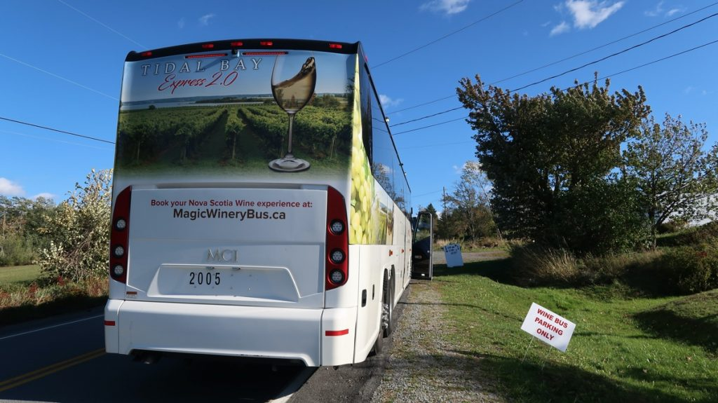 magic winery bus tour in the annapolis valley